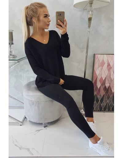 Dámský černý svetr véčko